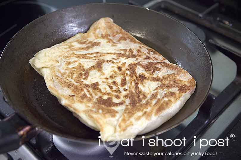 Prata on pan